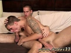 Soft boys sex gay first time Jacques heads down on Trent,