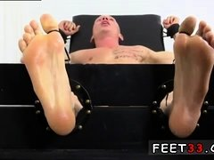 Hottest male legs and feet fucking gay xxx Cristian