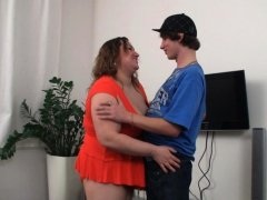 Chubby BBW picks up an young guy from the street