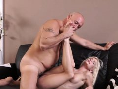 Blonde getting fucked hd xxx Horny blonde wants to try