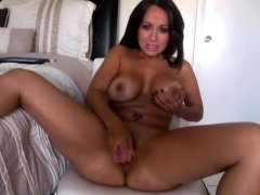 Snapping and Sexy Susie B Solo Masturbation