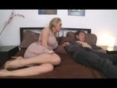 milfsonly.blogspot.com-Busty Mom With Young Boy In Bedroom