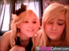 two girls one leaked webcamvid
