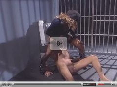 Female cop seduces a male inmate