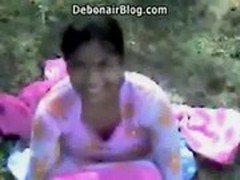 Booby South Indian girl fucked in the open MMS