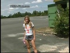 teen Laura shows pussy in public
