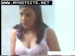 Bollywood  Actress Exposed Video