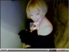 Web Cam 1 Marure old woman