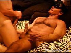 Hot bodybuilder bearish dad get's sucked off my his smooth young bottom then bottom gets fucked, cum