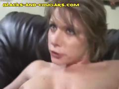 Hottie housewife with nice boobs gets herself double penetrated by two black cocks