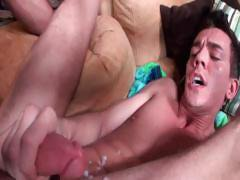 Muscled hunk riding hard gay tube part6